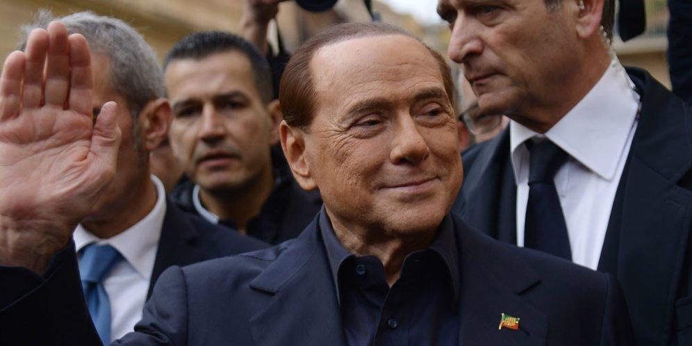 Eks Presiden AC Milan, Masuk Rumah Sakit